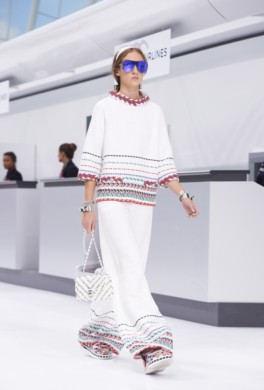 chanel-paris-fashion-week-spring-summer-2016-show-46