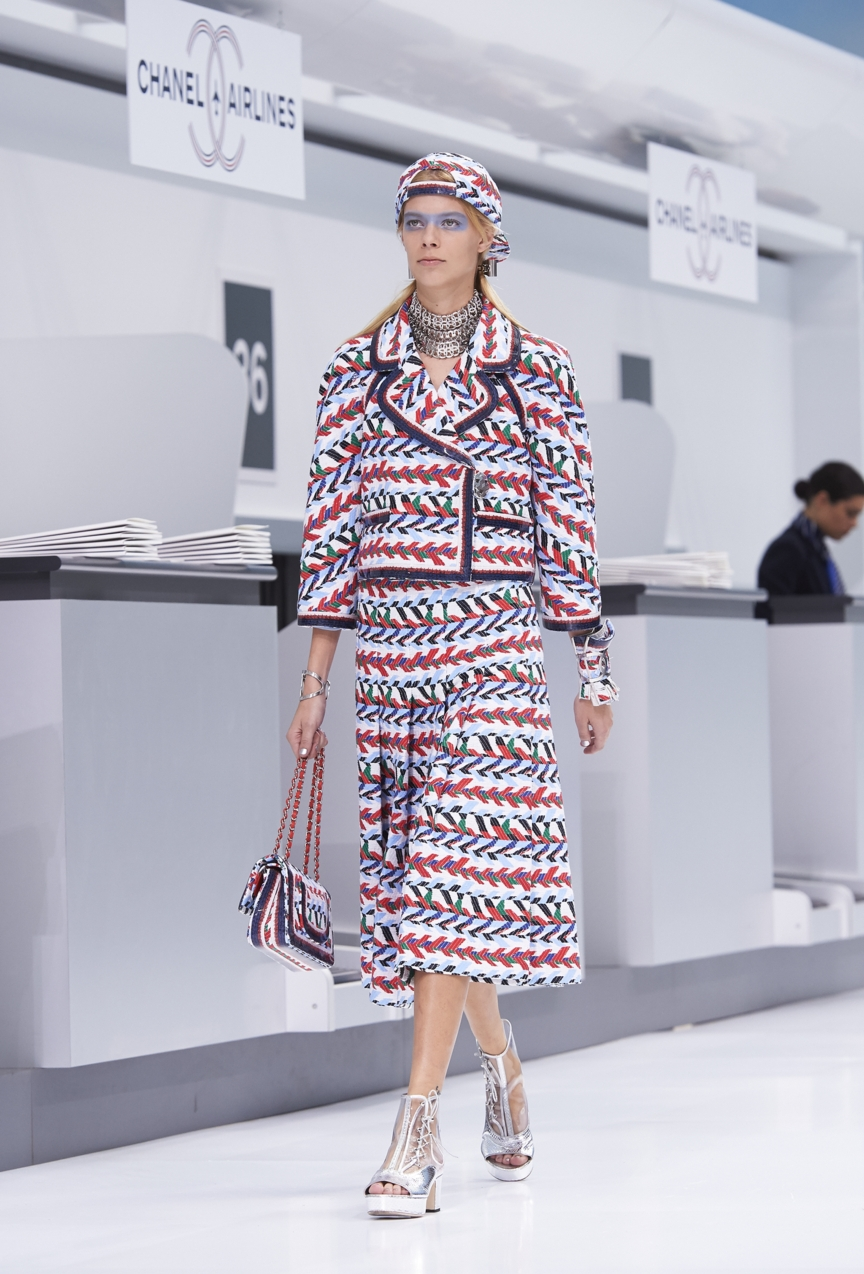 chanel-paris-fashion-week-spring-summer-2016-show-5