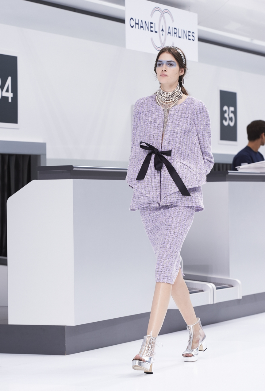 chanel-paris-fashion-week-spring-summer-2016-show-57