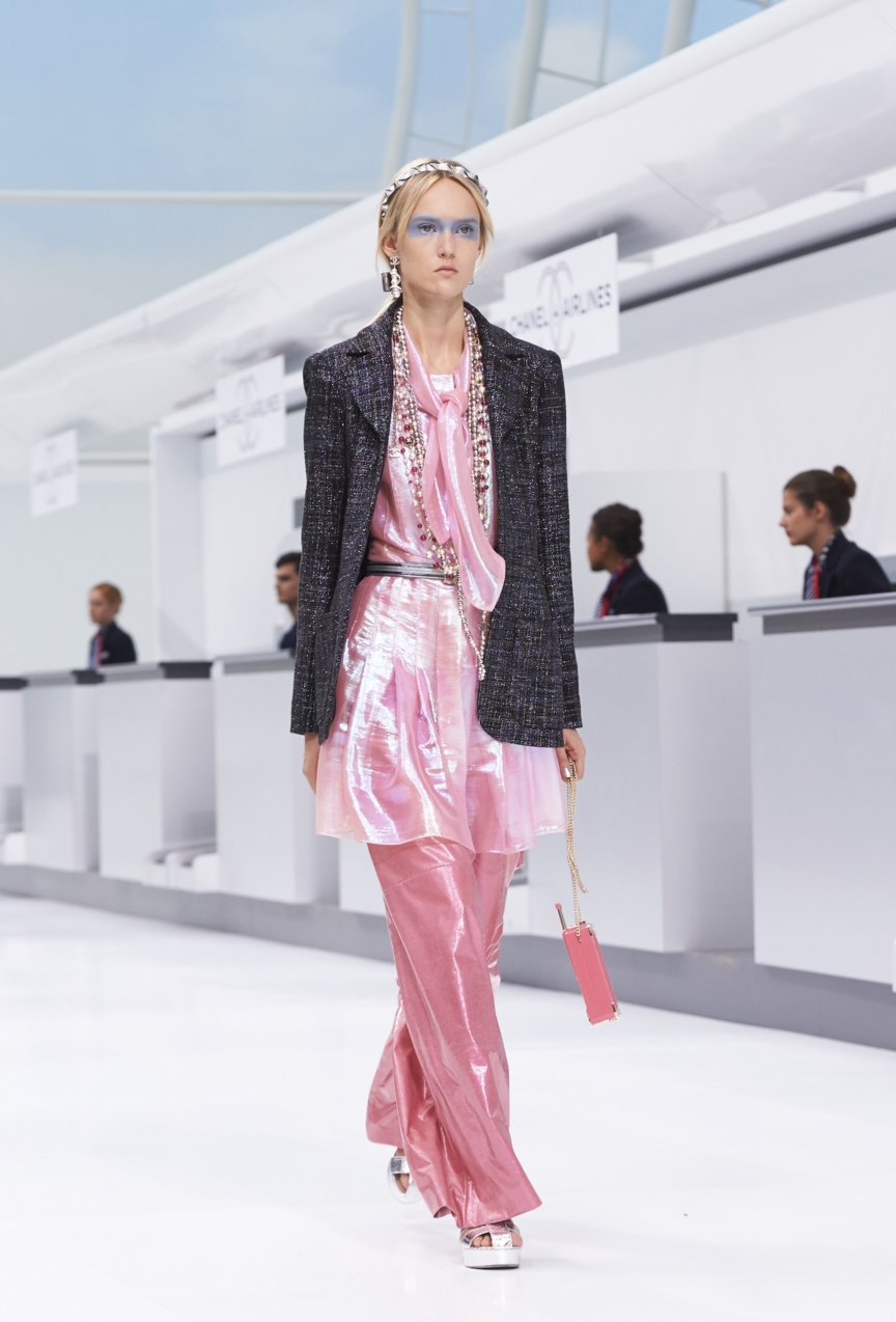 chanel-paris-fashion-week-spring-summer-2016-show-58