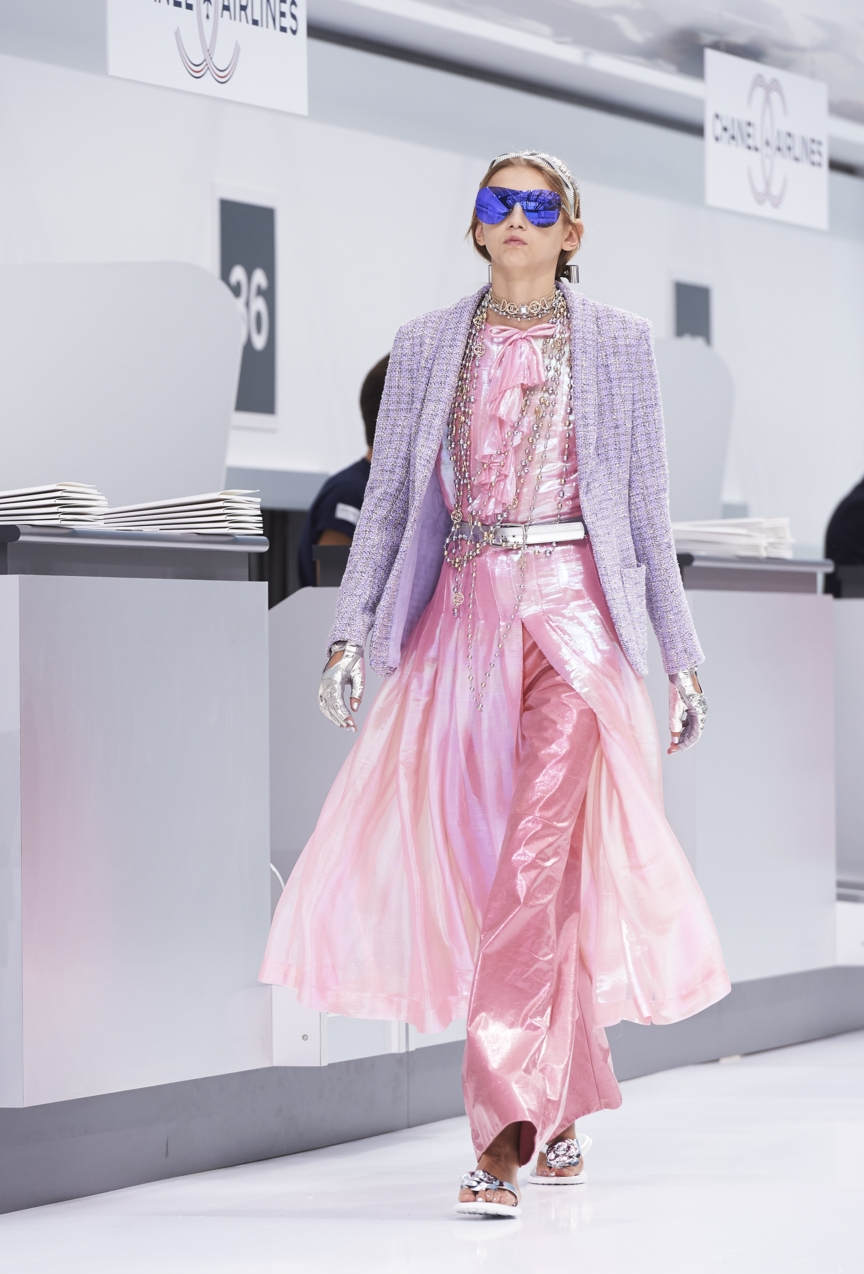 chanel-paris-fashion-week-spring-summer-2016-show-59