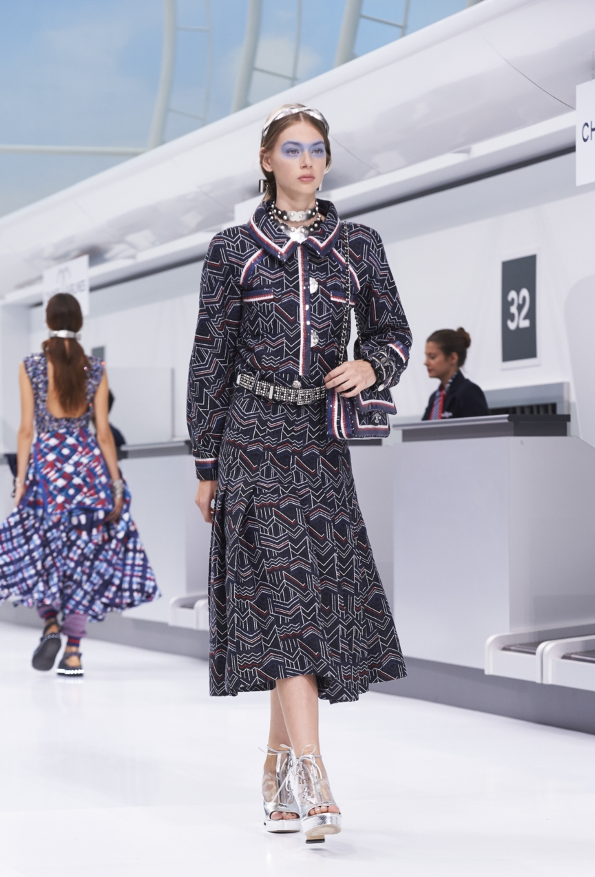 chanel-paris-fashion-week-spring-summer-2016-show-6