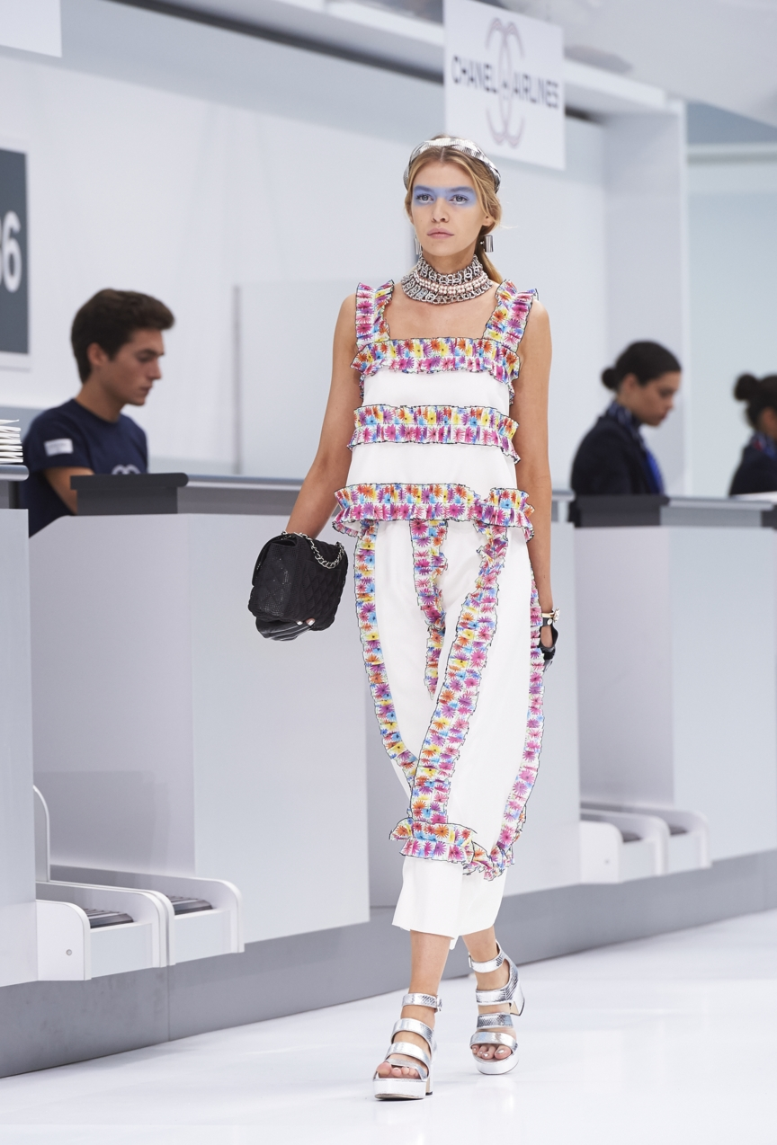 chanel-paris-fashion-week-spring-summer-2016-show-67