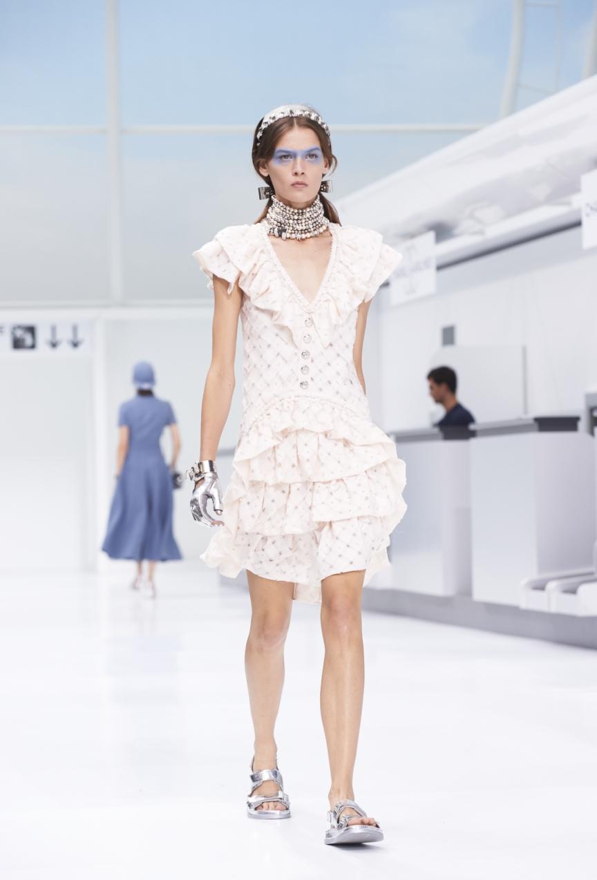 chanel-paris-fashion-week-spring-summer-2016-show-70