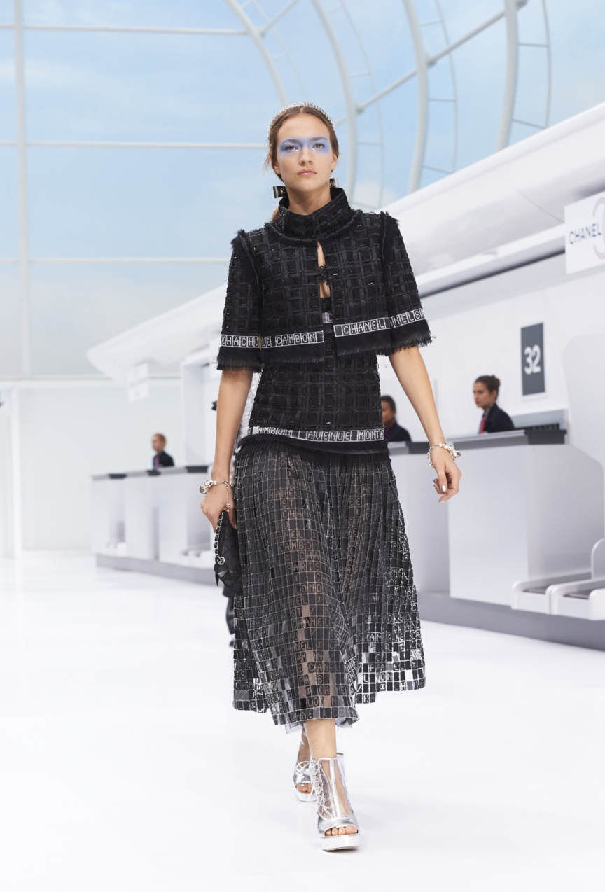 chanel-paris-fashion-week-spring-summer-2016-show-76