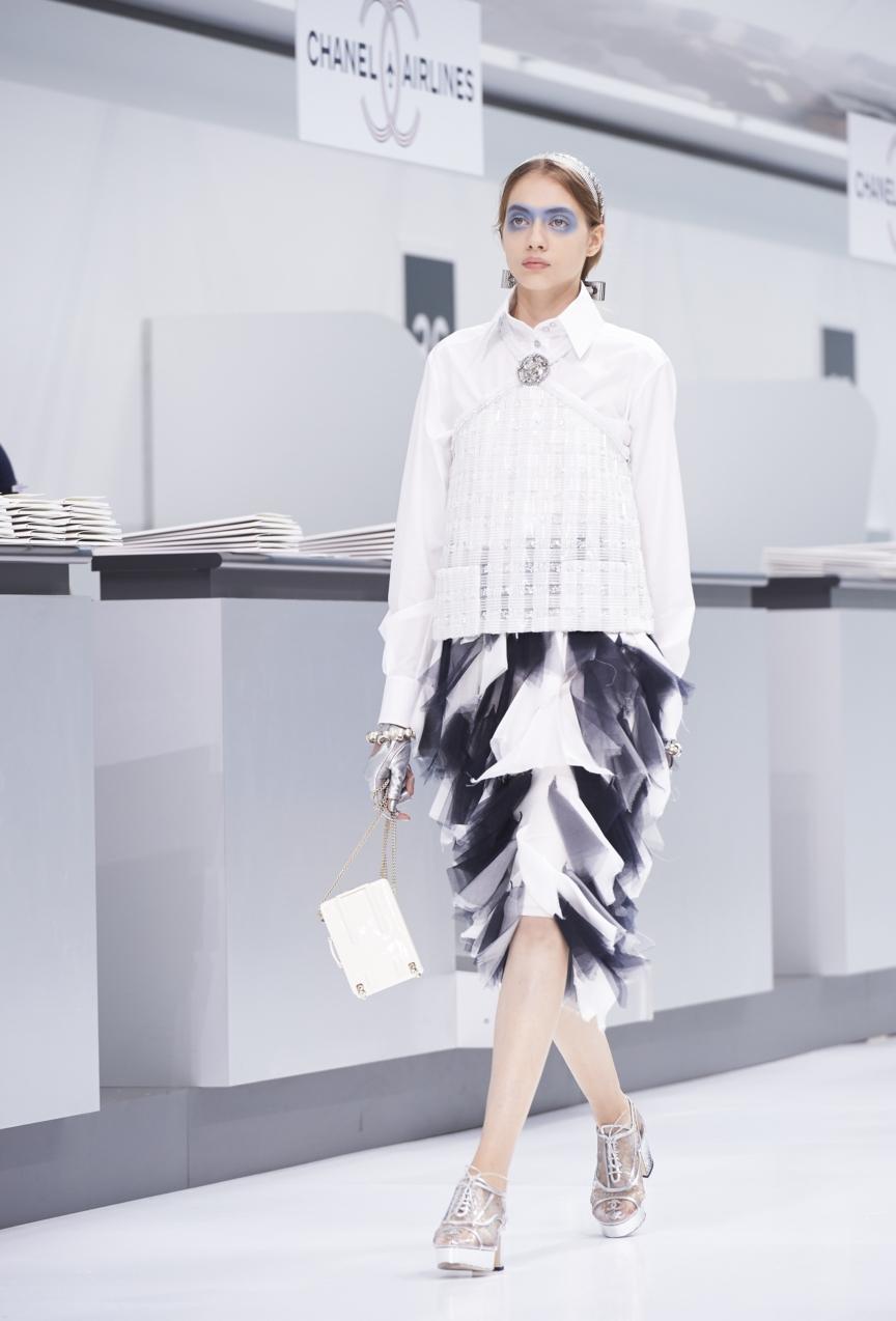 chanel-paris-fashion-week-spring-summer-2016-show-77