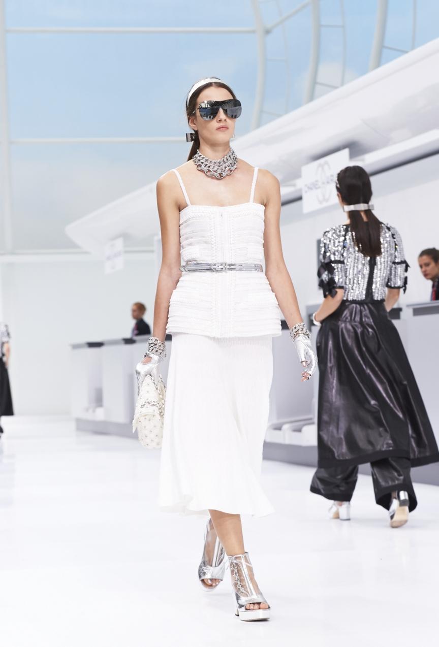 chanel-paris-fashion-week-spring-summer-2016-show-78