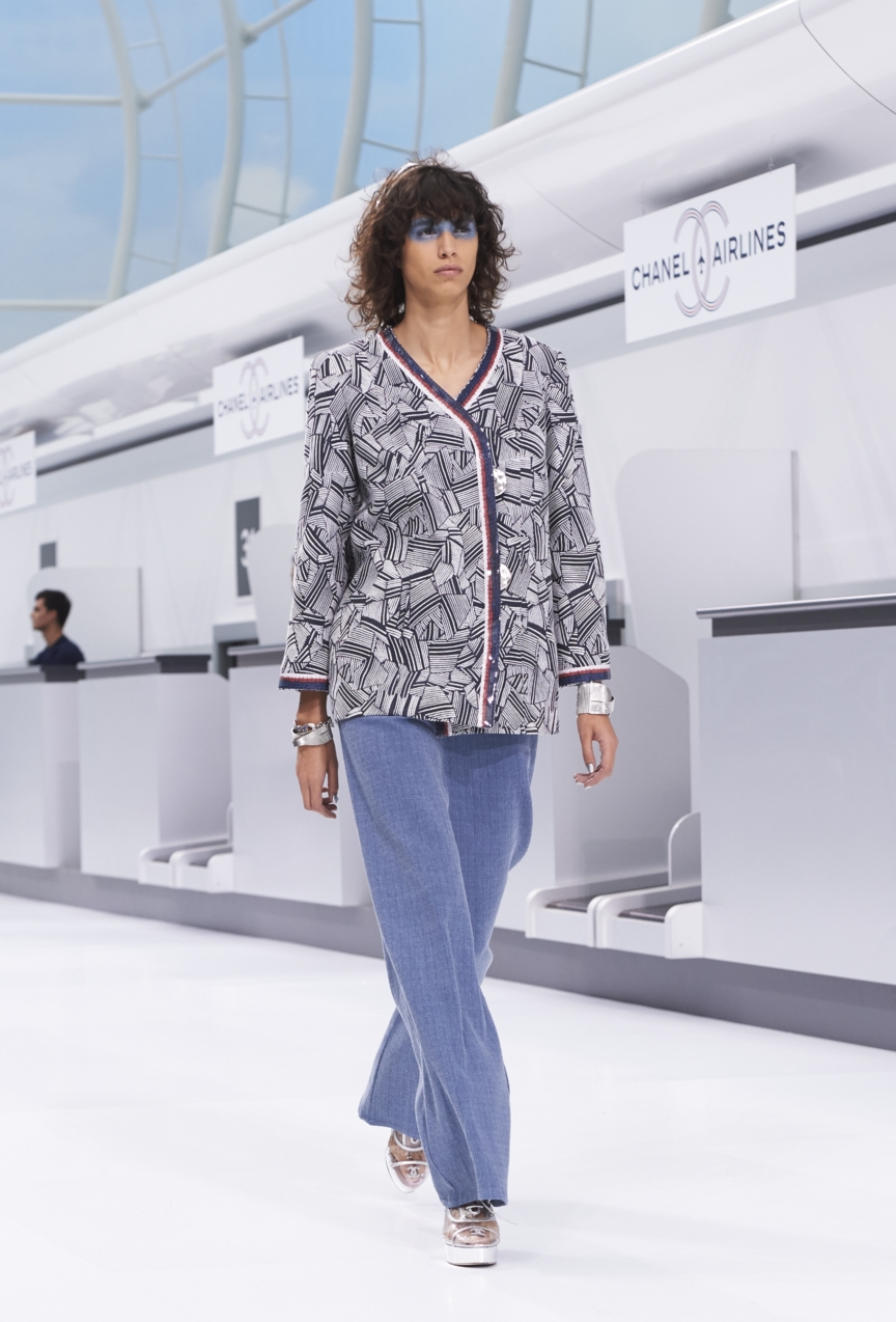chanel-paris-fashion-week-spring-summer-2016-show-8