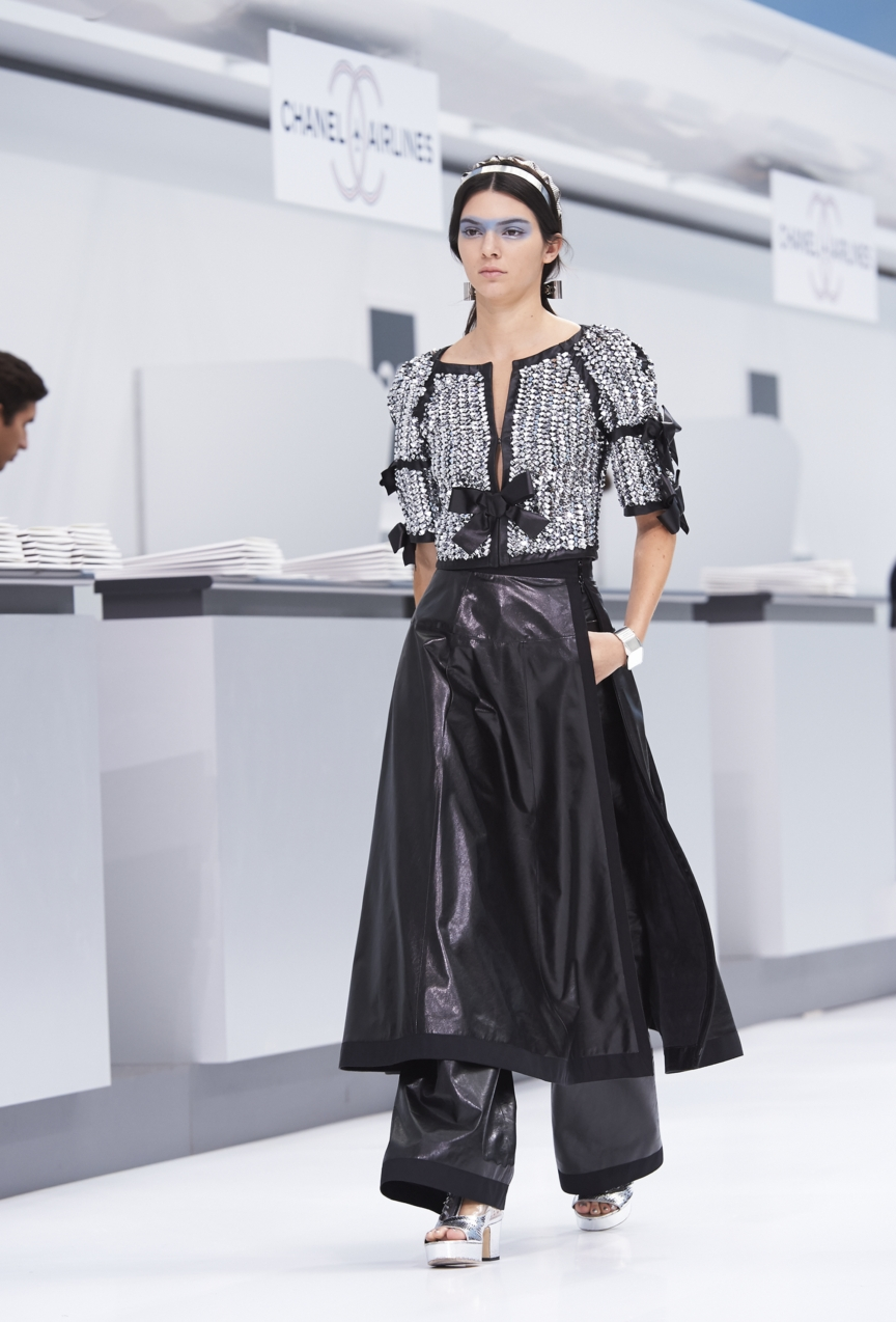 chanel-paris-fashion-week-spring-summer-2016-show-95