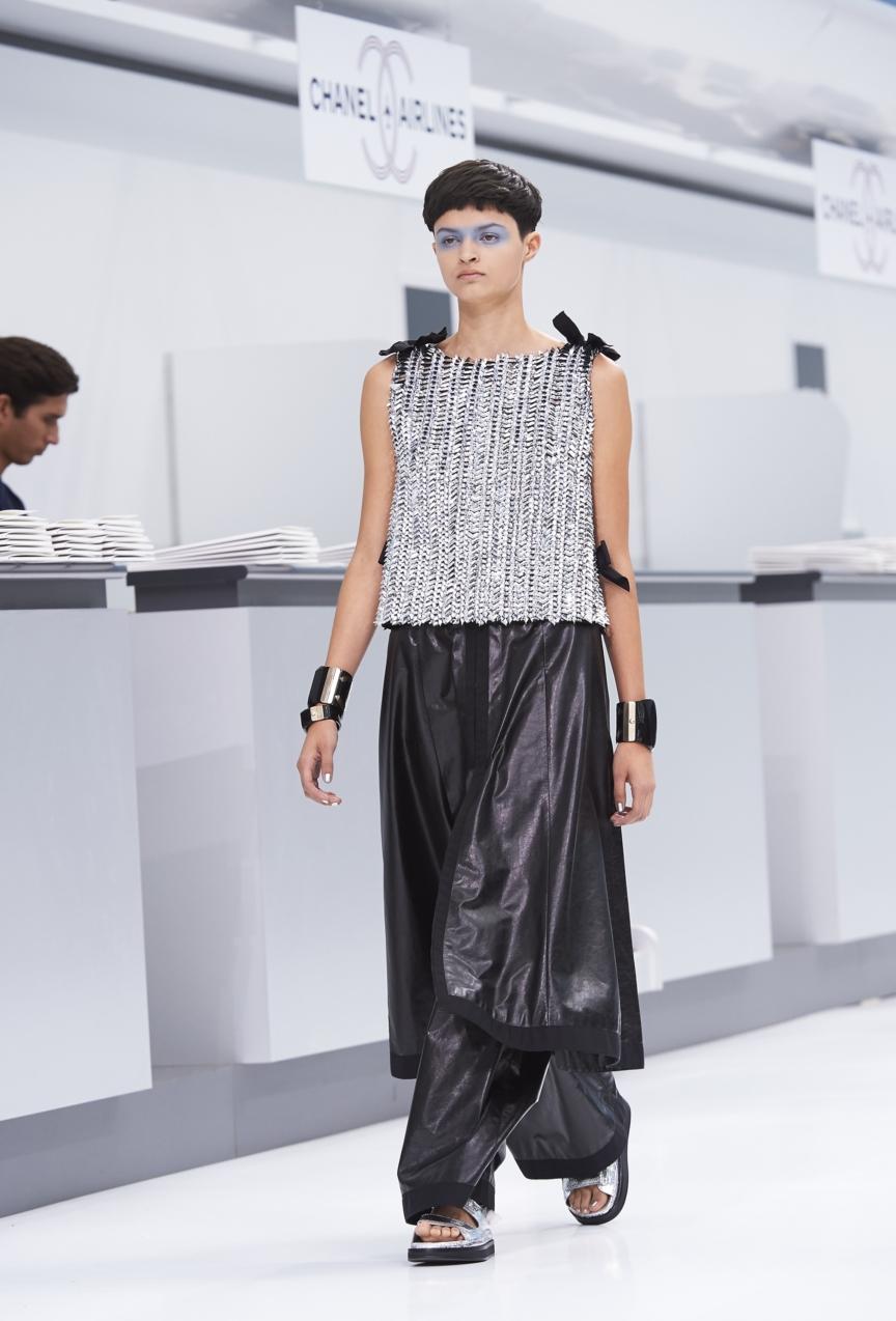 chanel-paris-fashion-week-spring-summer-2016-show-97