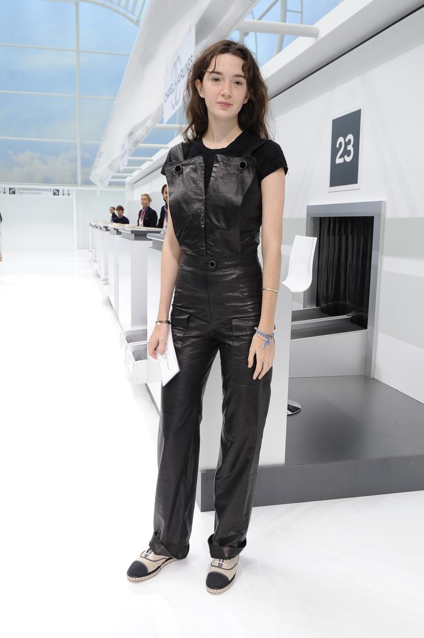 chanel-paris-fashion-week-spring-summer-2016-celebrities-pictures-28