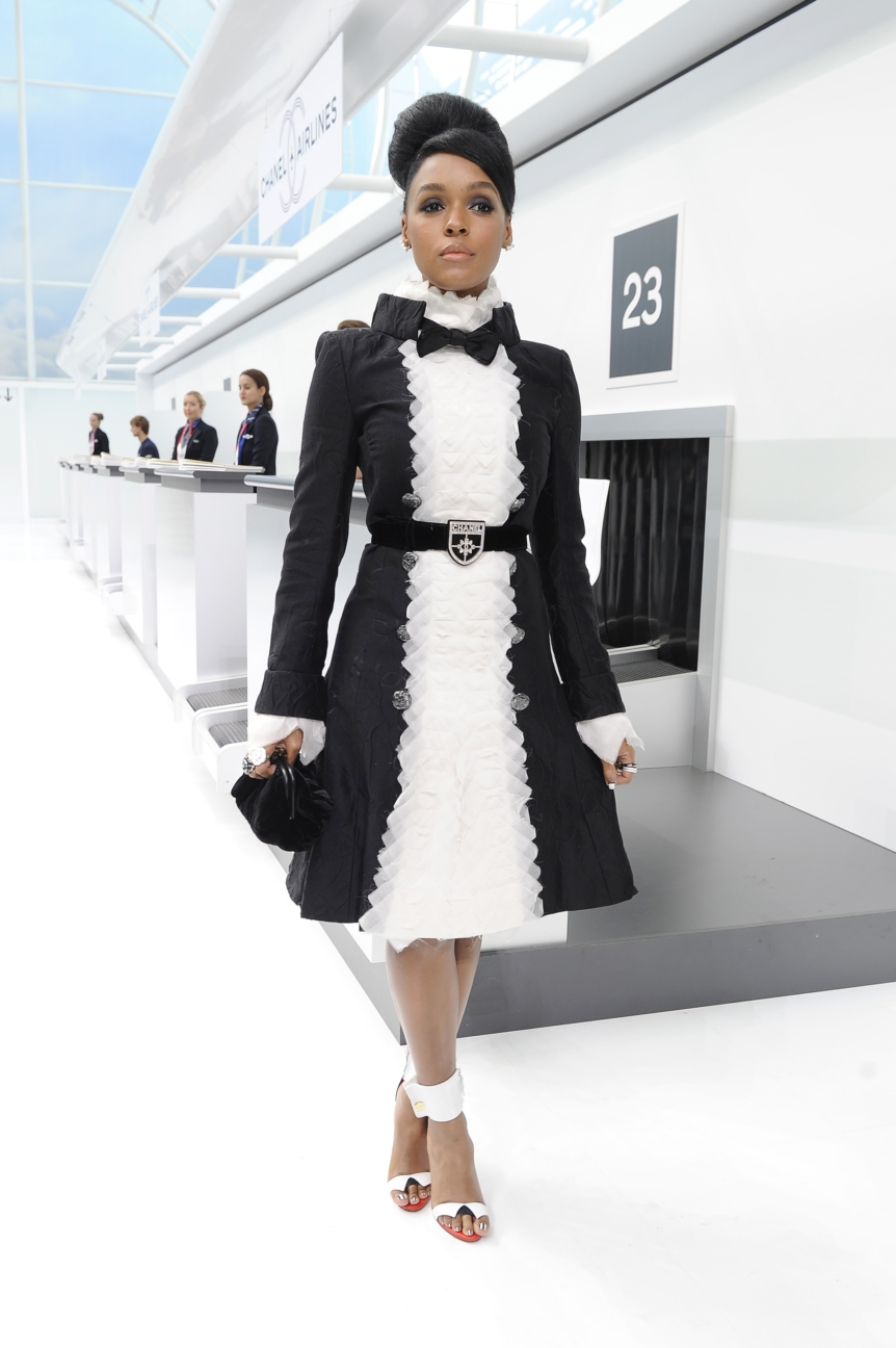 chanel-paris-fashion-week-spring-summer-2016-celebrities-pictures