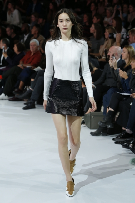 courreges-paris-fashion-week-spring-summer-2016-18