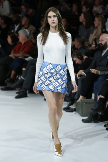 courreges-paris-fashion-week-spring-summer-2016-19