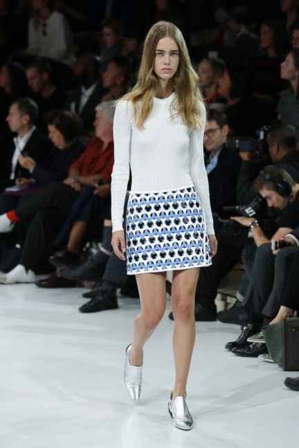 courreges-paris-fashion-week-spring-summer-2016-21