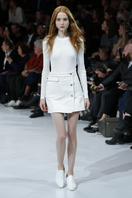 courreges-paris-fashion-week-spring-summer-2016-29