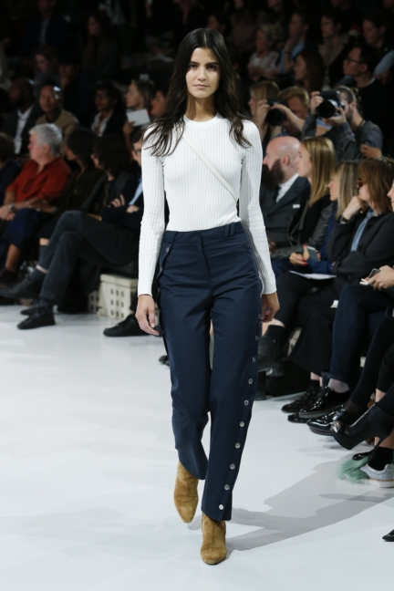 courreges-paris-fashion-week-spring-summer-2016-37