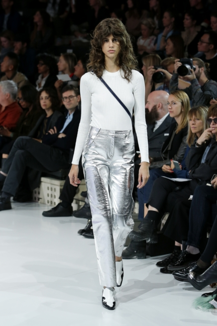 courreges-paris-fashion-week-spring-summer-2016-39