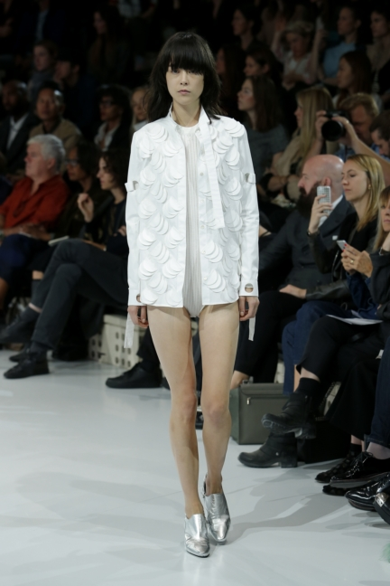 courreges-paris-fashion-week-spring-summer-2016-48