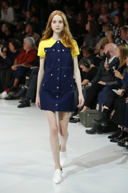 courreges-paris-fashion-week-spring-summer-2016-54