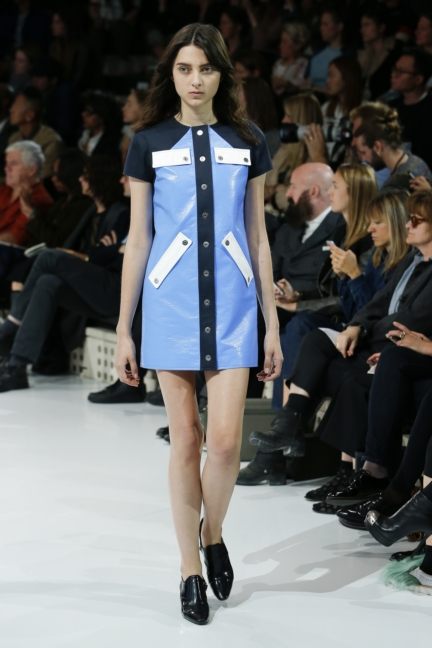 courreges-paris-fashion-week-spring-summer-2016-57