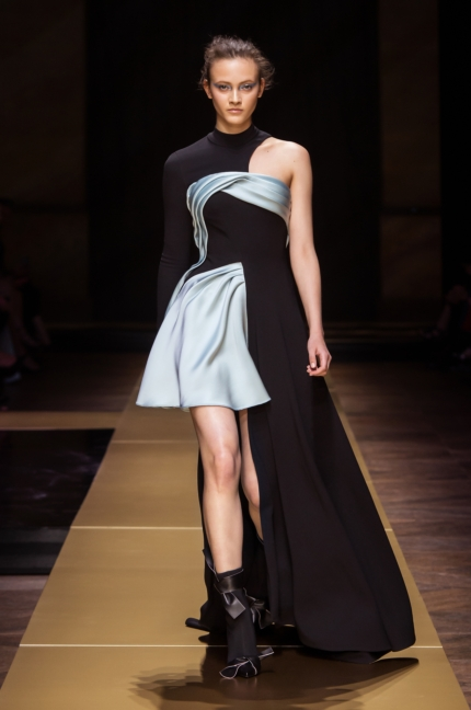 atelier_versace_fall-2016_08