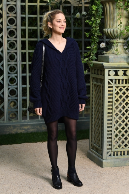 13_marion_cotillard_spring-summer_2018_haute_couture_collection