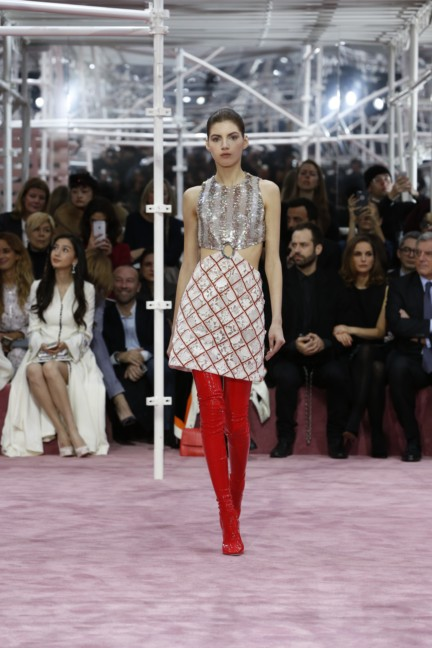 christian-dior-paris-haute-couture-spring-summer-2015-6
