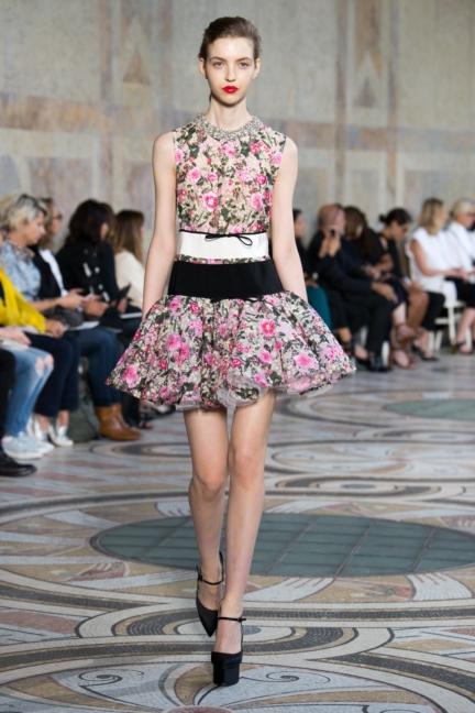 giambattista-valli-haute-couture-13-look-11