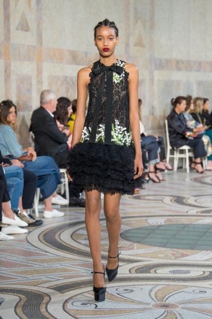 giambattista-valli-haute-couture-13-look-21