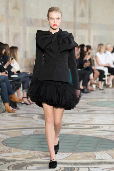 giambattista-valli-haute-couture-13-look-25