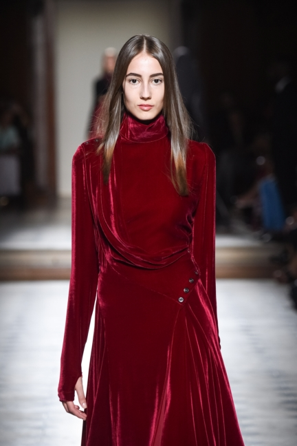 julien-fournie-haute-couture-autumn-winter-2015-137