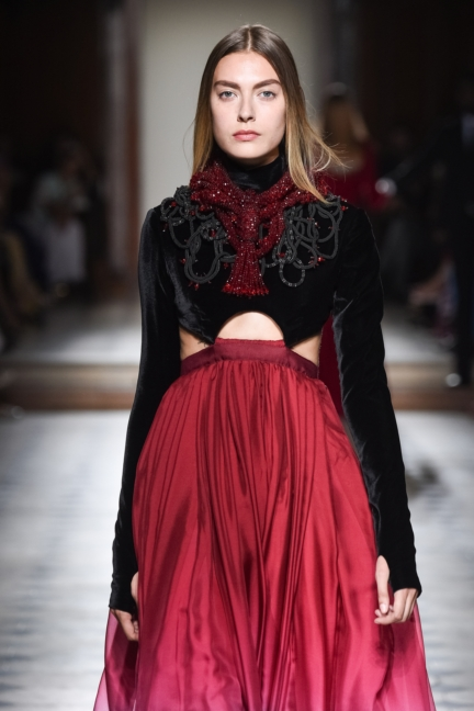 julien-fournie-haute-couture-autumn-winter-2015-142