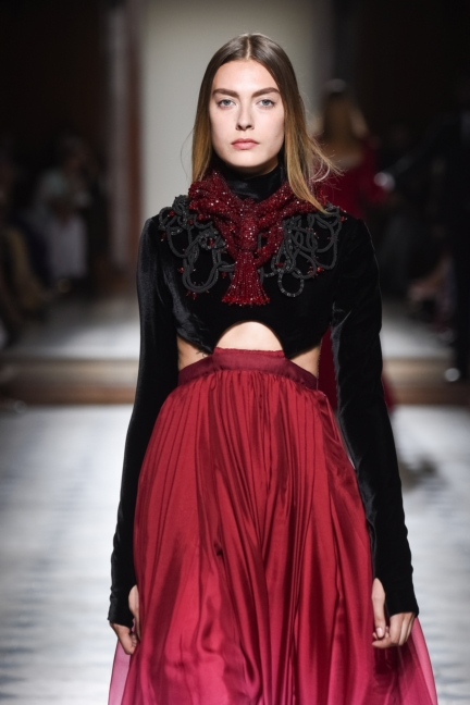 julien-fournie-haute-couture-autumn-winter-2015-143