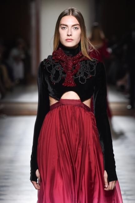 julien-fournie-haute-couture-autumn-winter-2015-144