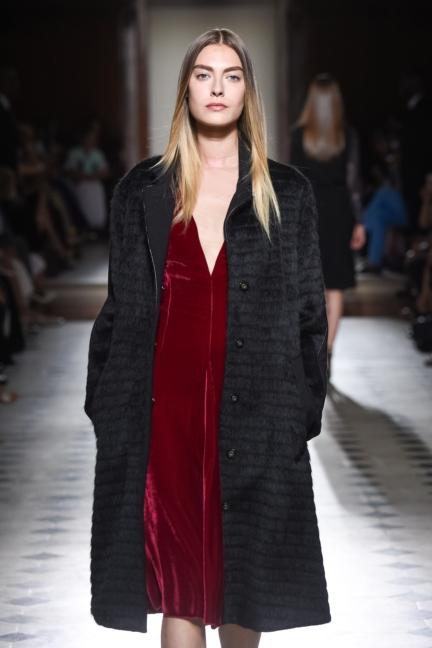 julien-fournie-haute-couture-autumn-winter-2015-36
