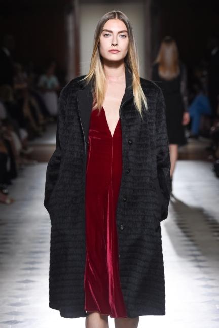 julien-fournie-haute-couture-autumn-winter-2015-37