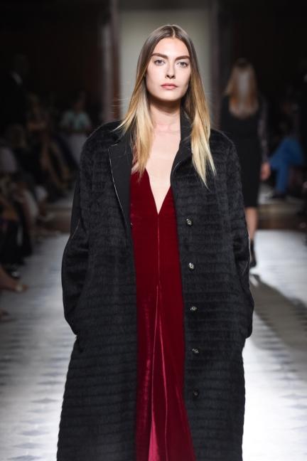 julien-fournie-haute-couture-autumn-winter-2015-38