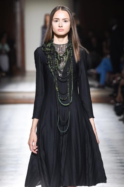 julien-fournie-haute-couture-autumn-winter-2015-44