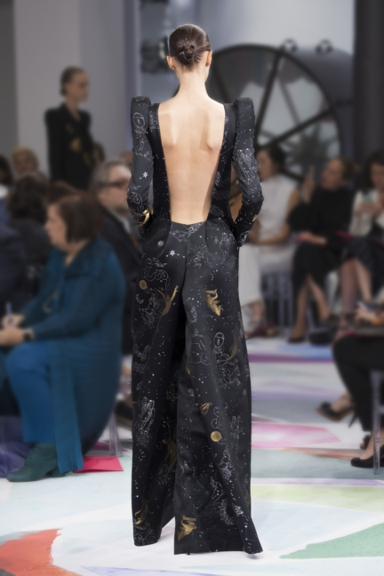 schiaparelli_hcfw1617_look_02back