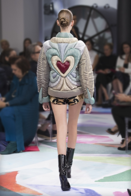 schiaparelli_hcfw1617_look_09back