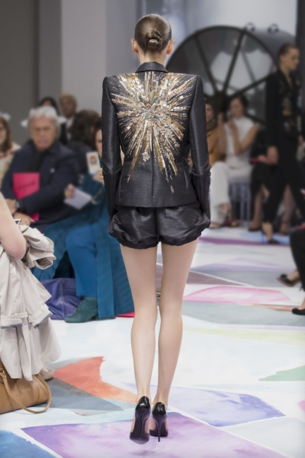 schiaparelli_hcfw1617_look_20back