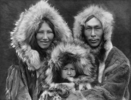 inupiat_family_from_noatak__alaska__1929__edward_s-_curtis_restored