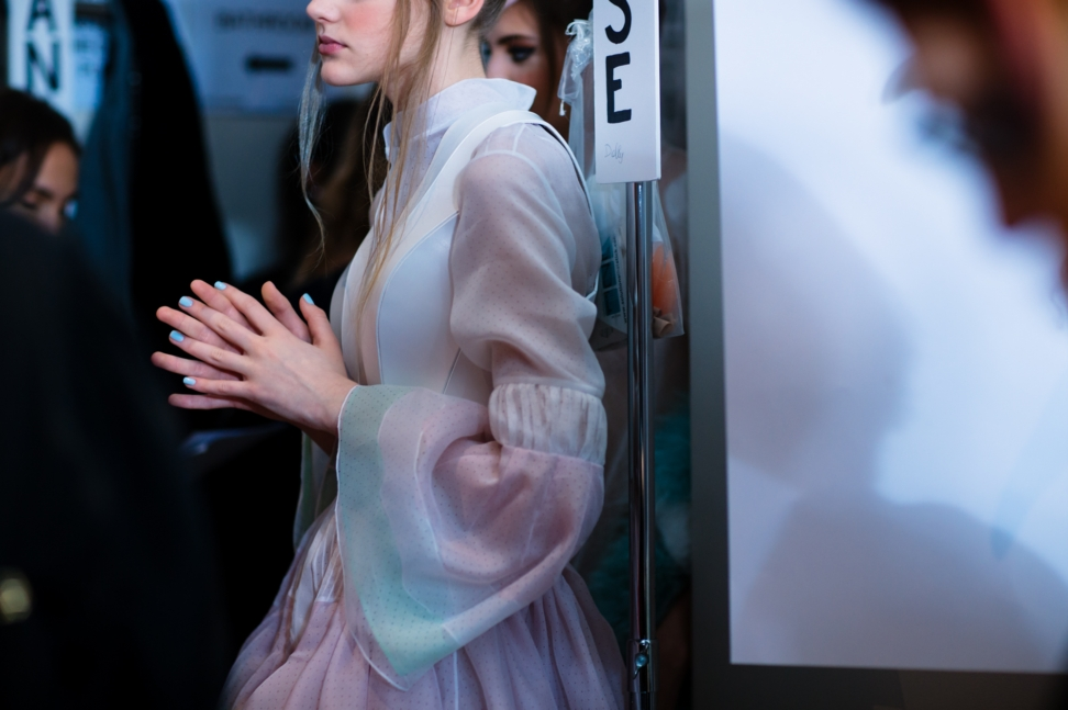 yana-davydova-backstage-ulyana-sergeenko-paris-haute-couture-fashion-week-spring-summer-2016-yd0867