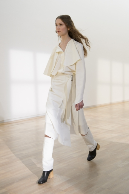 lemaire-paris-fashion-week-spring-summer-2016-2