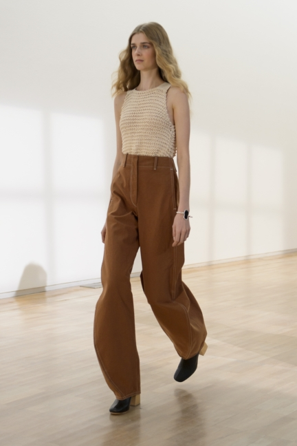 lemaire-paris-fashion-week-spring-summer-2016-27