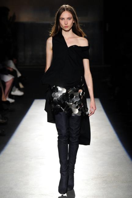 lutz-huelle-paris-fashion-week-spring-summer-2016-10