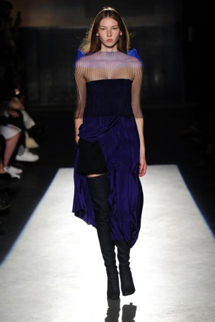 lutz-huelle-paris-fashion-week-spring-summer-2016-16