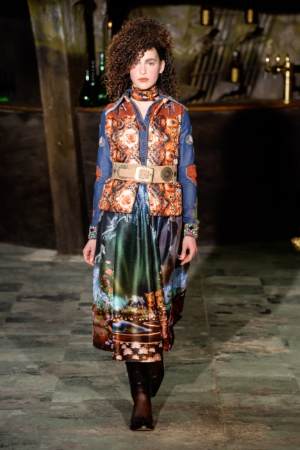 manish-arora-paris-fashion-week-aw-16-23