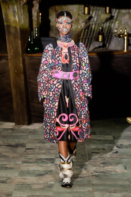 manish-arora-paris-fashion-week-aw-16-25